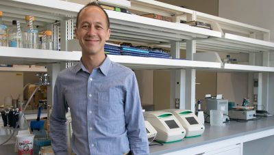 Alex Wong in his lab at Carleton University